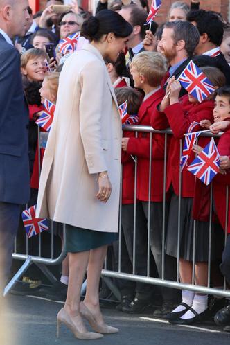Принц Гарри и Меган Маркл прибыли в Чичестер с официальным визитом (фото 2.2)