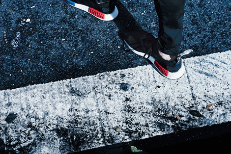 Назад в будущее: 8 фактов о новых кроссовках adidas Originals – NMD | галерея [1] фото [13]