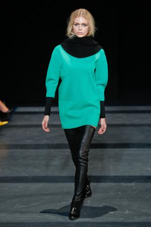 Показы мод Tibi Осень-зима 2013-2014 | Подиум на ELLE - Подиум - фото 880