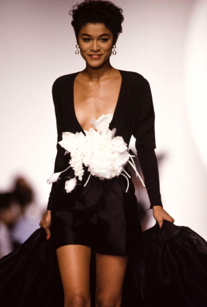 Потрясающая история одного показа: весна-лето 1990, Christian Dior (фото 3)
