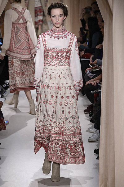 Показ Valentino Haute Couture   галерея [1] фото [9]
