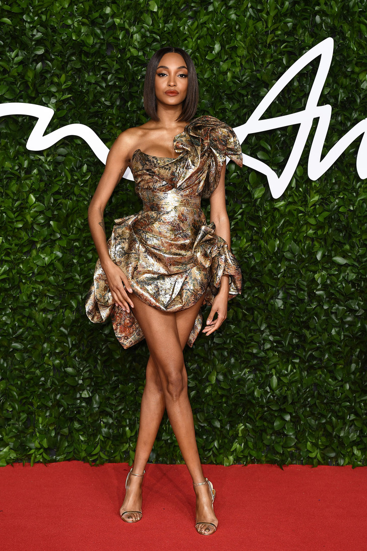 Сад цветов: все модели на премии British Fashion Awards (фото 5)