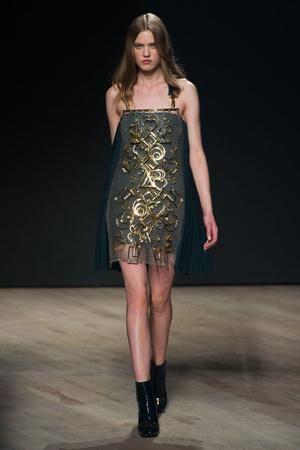Показы мод Mary Katrantzou Осень-зима 2014-2015 | Подиум на ELLE - Подиум - фото 3881
