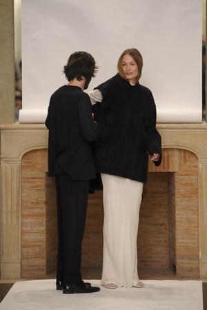 Показ Adeline Andre коллекции сезона Весна-лето 2011 года Haute couture - www.elle.ru - Подиум - фото 216065
