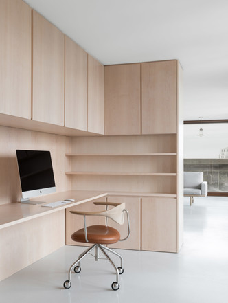 Минималистские апартаменты по дизайну Джона Поусона (фото 6.2)