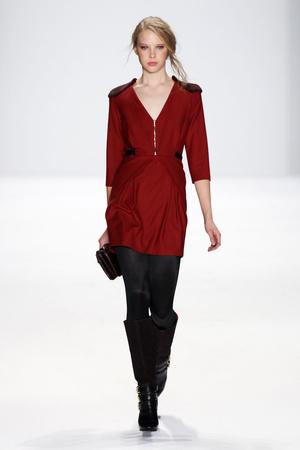 Показы мод Rebecca Minkoff Осень-зима 2012-2013 | Подиум на ELLE - Подиум - фото 1724