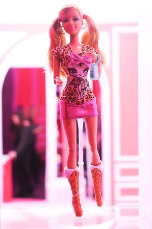 Показ Barbie коллекции сезона Осень-зима 2012-2013 года prêt-à-porter - www.elle.ru - Подиум - фото 346174