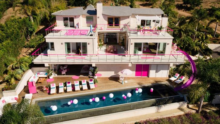 «Дом Барби» в Малибу сдается через Airbnb (фото 0)