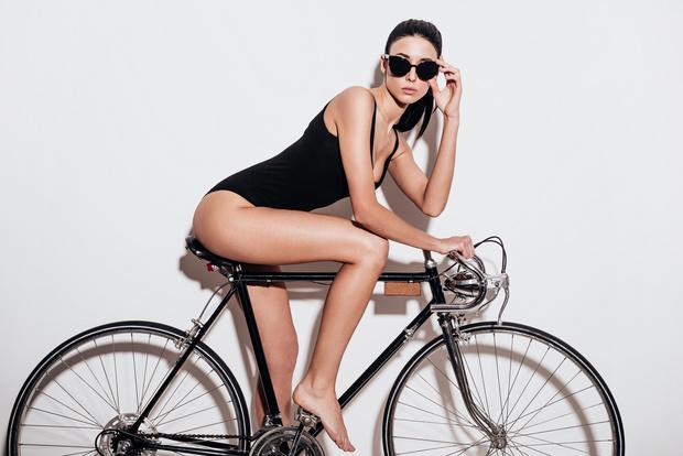 Новогодний ELLE Night Bike в World Class Romanov