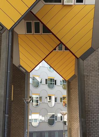 Кубические дома Пита Блома фото [11]