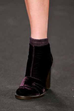 Показ Vanessa Bruno коллекции сезона Осень-зима 2012-2013 года prêt-à-porter - www.elle.ru - Подиум - фото 384894