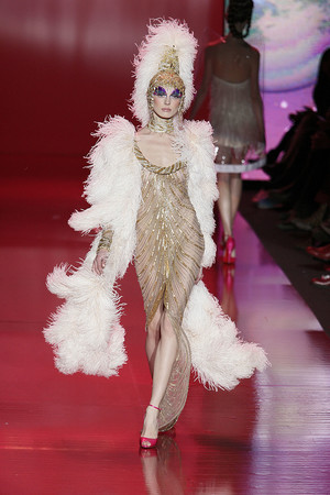 Показ Barbie Runway Show коллекции сезона Осень-зима 2009-2010 года prêt-à-porter - www.elle.ru - Подиум - фото 89120