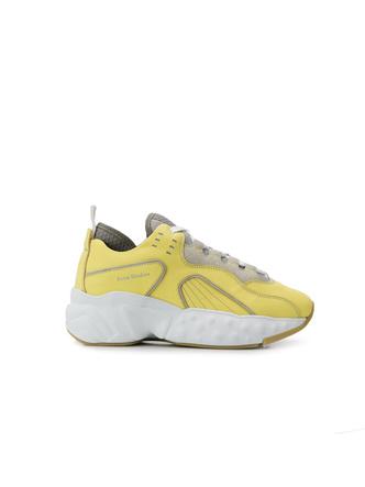 Микротренд: кроссовки + прозрачные носки (фото 10.1)