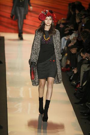Показы мод Diane Von Furstenberg Осень-зима 2009-2010 | Подиум на ELLE - Подиум - фото 3234