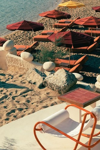 Охра и шафран: ресторан на Миконосе в ретро-гамме (фото 6.2)