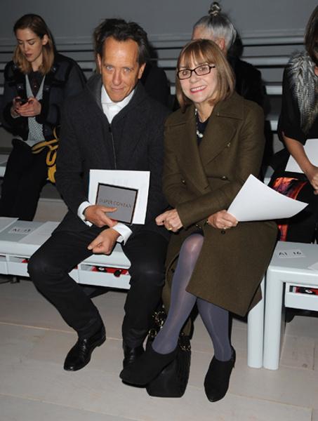 Актер и режиссер Ричард Грант с женой на показе Jasper Conran