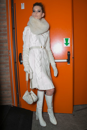 Показ Laura Biagiotti коллекции сезона Осень-зима 2013-2014 года Prêt-à-porter - www.elle.ru - Подиум - фото 526967