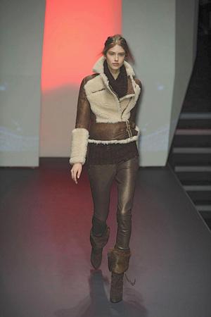 Показ CNC Costume National коллекции сезона Осень-зима 2010-2011 года prêt-à-porter - www.elle.ru - Подиум - фото 151203