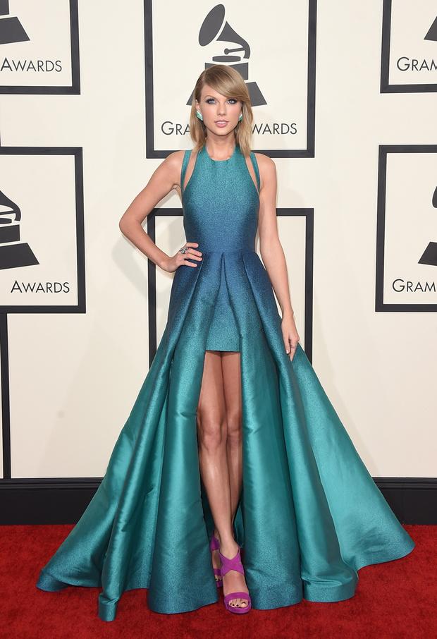 """Тейлор Свифт на церемонии """"Грэмми""""-2015"""