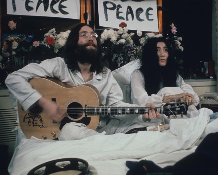 «В постели за мир»: 50-летие акции Джона Леннона и Йоко Оно в отеле Fairmont (фото 0)