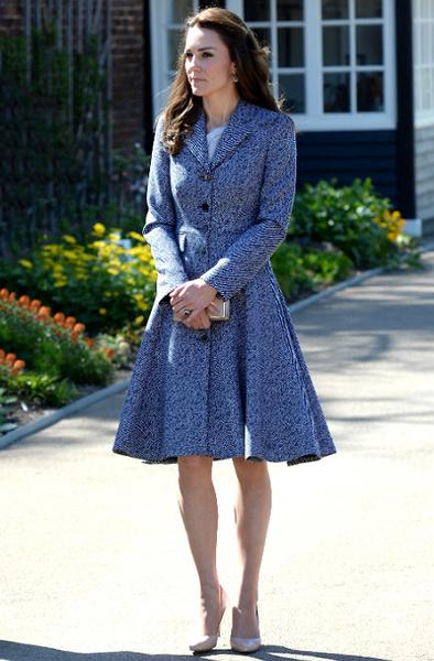 Пальто, как у королевы: верхняя одежда Летиции, Рании и Кейт Миддлтон   галерея [2] фото [4]