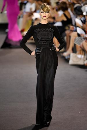 Показ Stephane Rolland коллекции сезона Осень-зима 2011-2012 года haute couture - www.elle.ru - Подиум - фото 278160