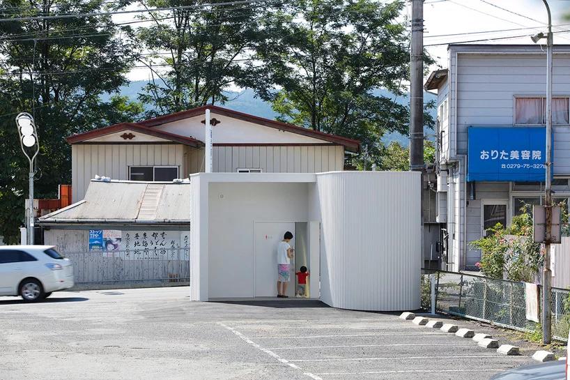 По-маленькому: дизайнерские общественные туалеты (галерея 19, фото 2)