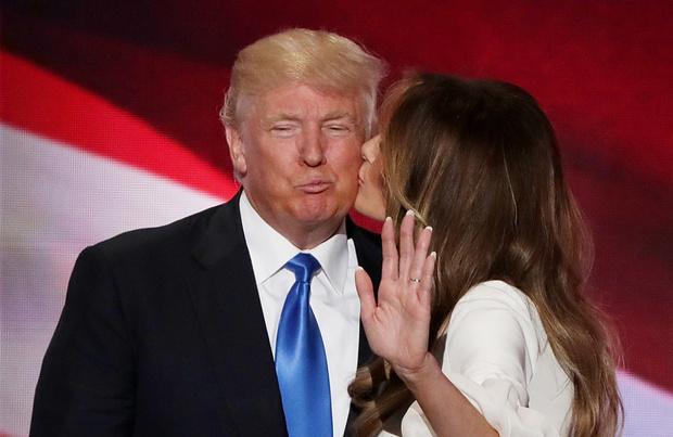Томми Хилфигер выступил в поддержку Мелании Трамп
