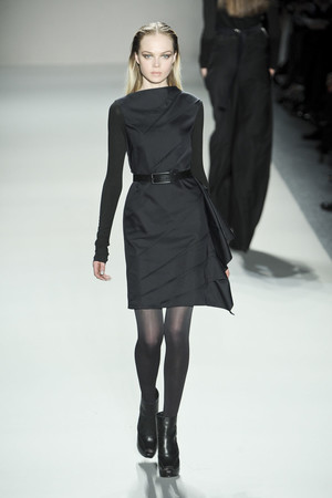 Показ Nicole Miller коллекции сезона Осень-зима 2011-2012 года prêt-à-porter - www.elle.ru - Подиум - фото 226705