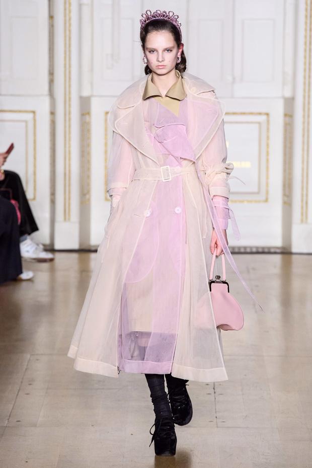 Хлоя Севиньи стала моделью на показе Simon Rocha в Лондоне (фото 2)