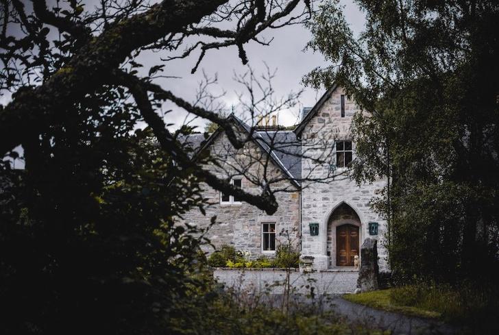 Шотландское поместье, где снимался сериал «Корона» (фото 0)