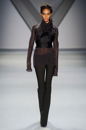 Показ Vera Wang коллекции сезона Осень-зима 2012-2013 года prêt-à-porter - www.elle.ru - Подиум - фото 346599