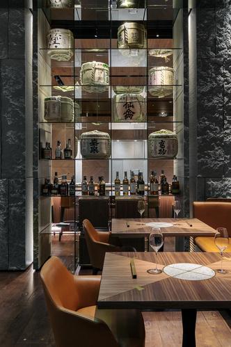 Современный японский ресторан по проекту Маурицио Лаи (фото 9.1)