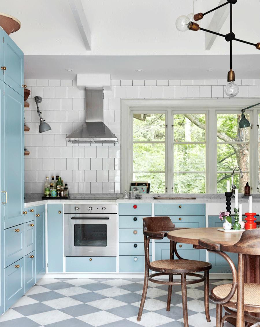 Голубой цвет на кухне: 15 примеров (галерея 0, фото 0)