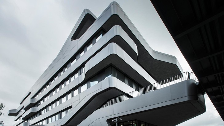 Новый университет в Дюссельдорфе по проекту J. Mayer H. (фото 0)