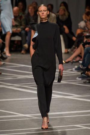 Показы мод Givenchy Весна-лето 2013 | Подиум на ELLE - Подиум - фото 1005