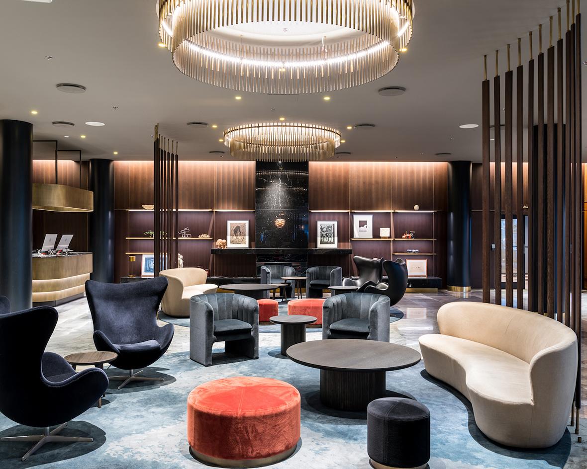 В Копенгагене отремонтировали отель по проекту Арне Якобсена (галерея 4, фото 1)