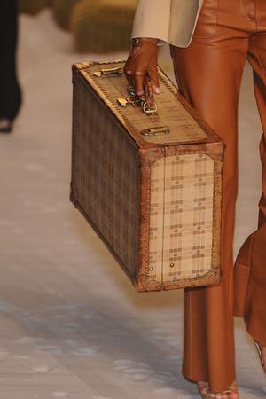 Показ Hermes коллекции сезона Весна-лето 2009 года Prêt-à-porter - www.elle.ru - Подиум - фото 84972