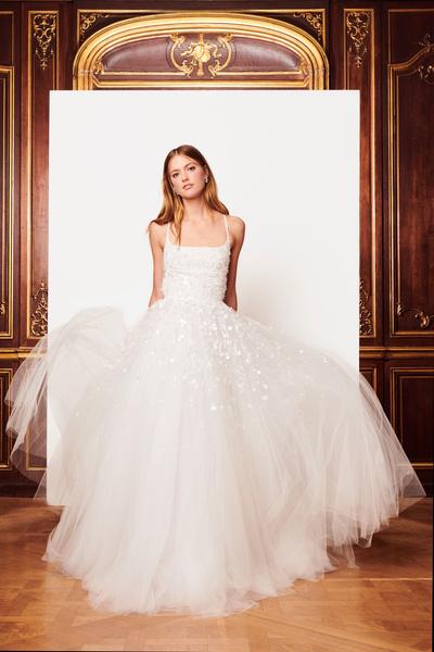 Свадебная коллекция Oscar de la Renta, осень 2018 (галерея 1, фото 9)