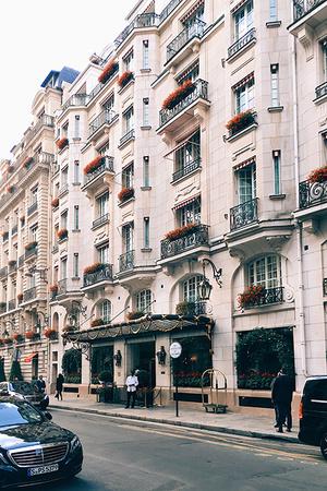 Круассаны в постель: 5 парижских отелей с образцовыми завтраками (фото 8)