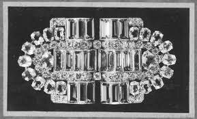 История одного украшения: сет из двух брошей Boucheron, принадлежащий королеве Елизавете II (фото 2)