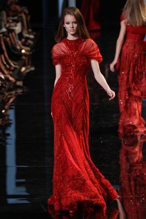 Показ Elie Saab коллекции сезона Осень-зима 2010-2011 года Haute couture - www.elle.ru - Подиум - фото 168167