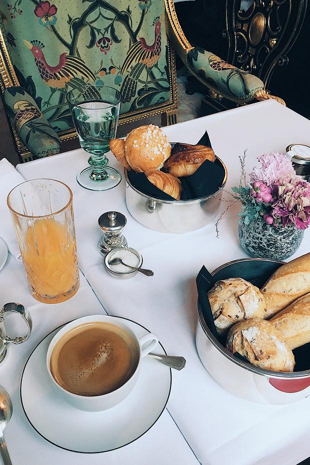 Круассаны в постель: 5 парижских отелей с образцовыми завтраками (фото 33)