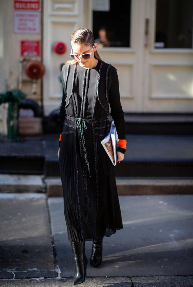Базовое черное платье на новый лад: Оливия Палермо на Jason Wu (фото 1)