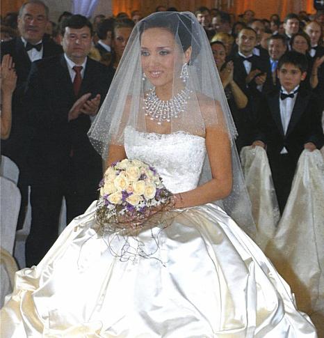 0719a438e17652a Bridal Inspiration: самые стильные свадебные букеты знаменитостей    Практика на www.elle.ru