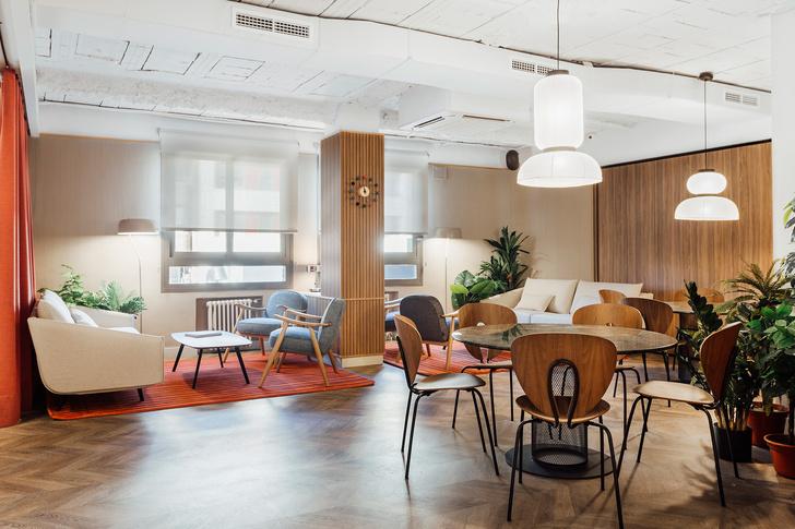 Мадридский офис в стиле mid-century modern (фото 3)