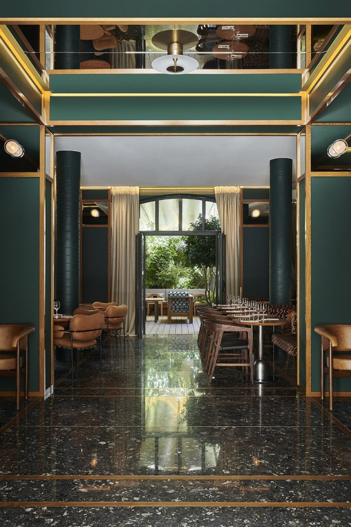 Яркий отель Le Ballu в Париже (фото 2)