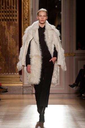 Показы мод Barbara Bui Осень-зима 2013-2014 | Подиум на ELLE - Подиум - фото 644