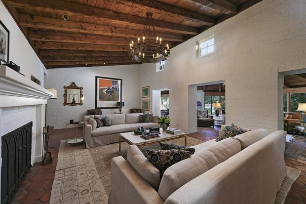 Бывший дом Кэтрин Хэпберн в Голливуде выставлен на продажу (фото 8)