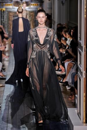 Показ Valentino коллекции сезона Осень-зима 2012-2013 года Haute couture - www.elle.ru - Подиум - фото 404944